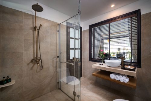 Charm bathroom Villa 613_1
