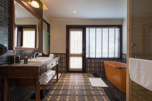 Bathroom - Veranda Suite